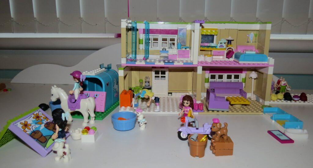 A Lego house